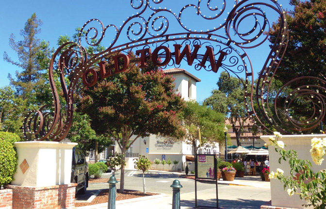 Old Town Shopping and Dining in Los Gatos