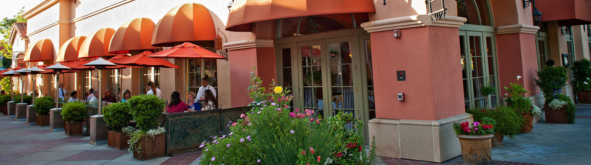 Old Town Restaurants <br>& Shops Re-open!